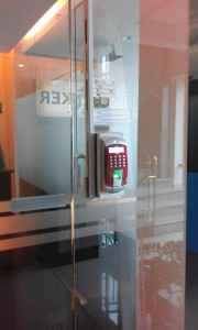 Door Access and attendance system (     PT schenker petrolog utama )